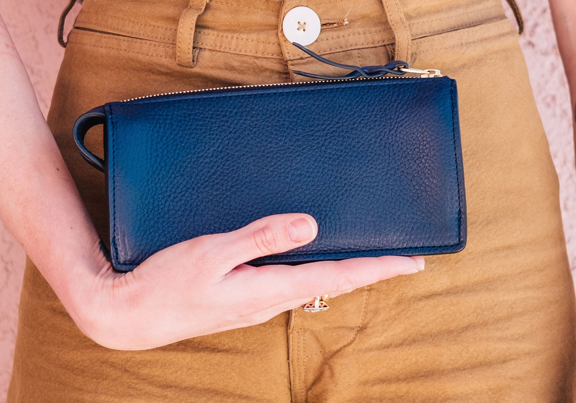 Women's Leather Wallet Lifestyle