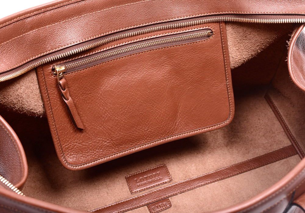 Inner Leather Pocket of Leather Duffle Travel Bag Saddle Tan
