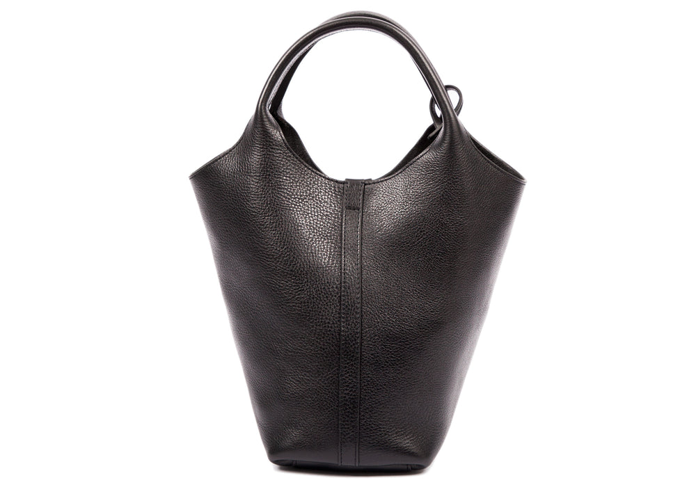 Front Leather View of The One-Piece Bag Black