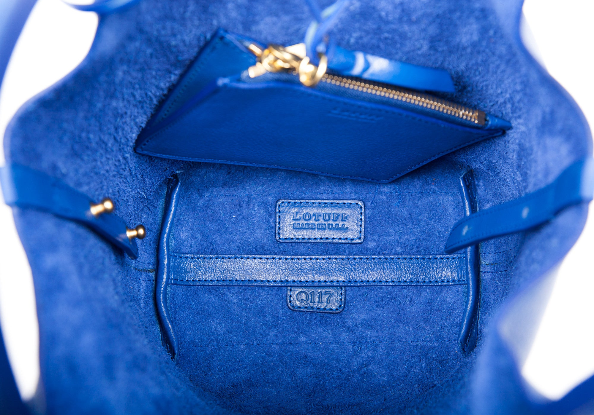 Inner Leather Pocket of The One-Piece Bag Electric Blue