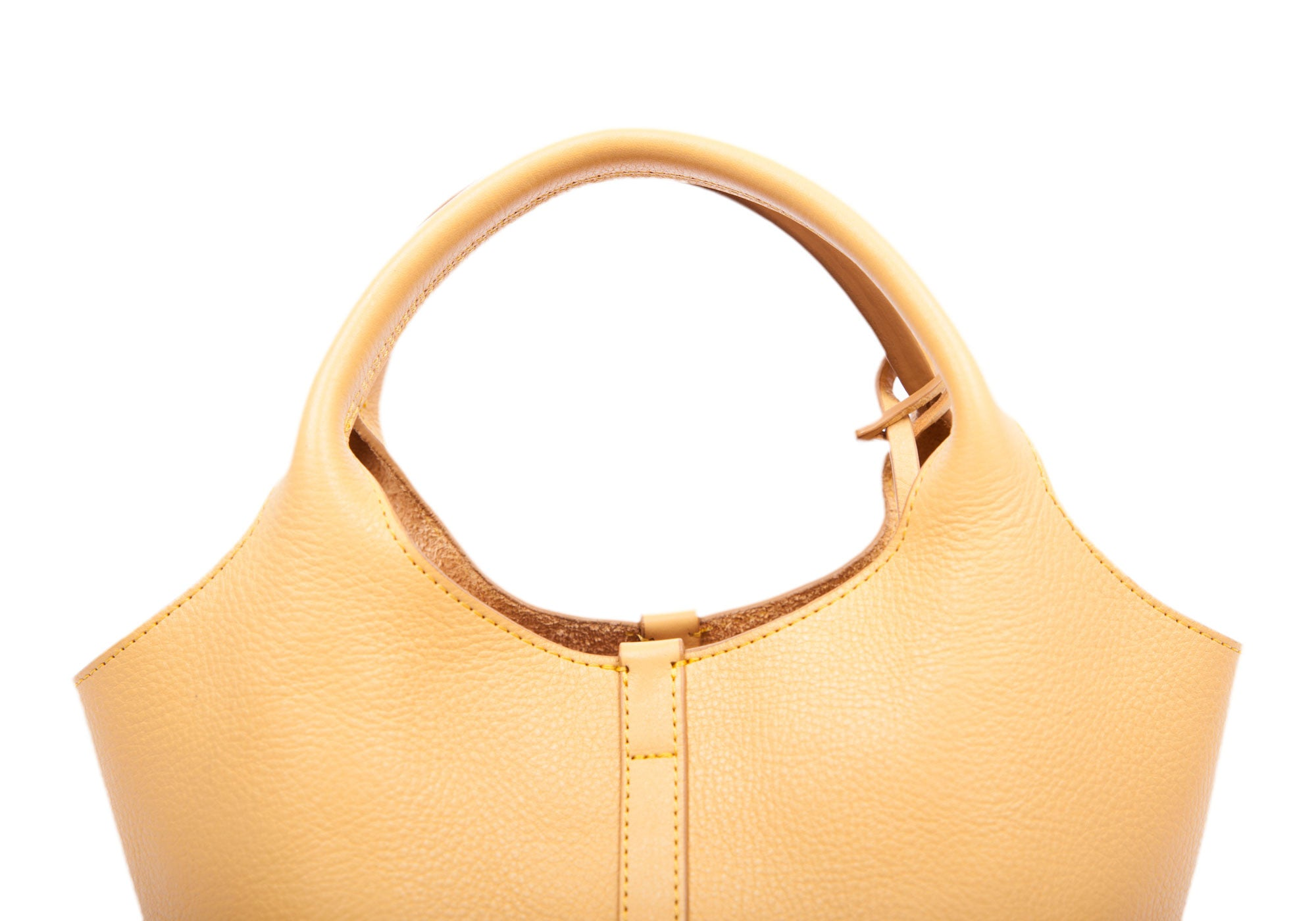 Top Leather Handle of The One-Piece Bag Ochre