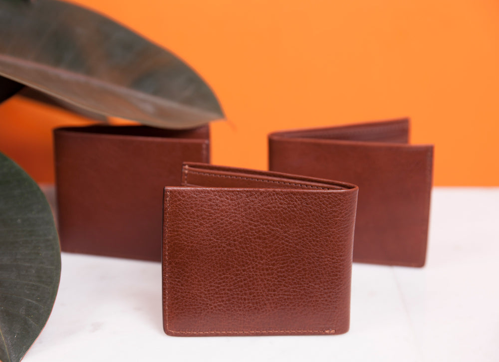 Leather Bifold Wallet Lifestyle