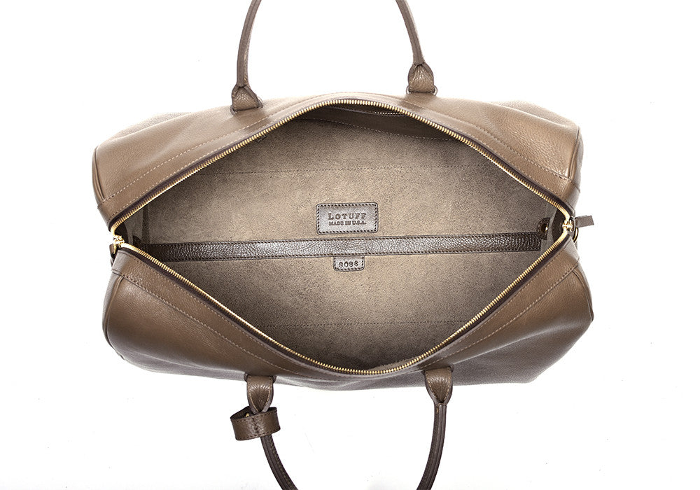 Inner Leather View of No. 10 Weekender Bag Clay