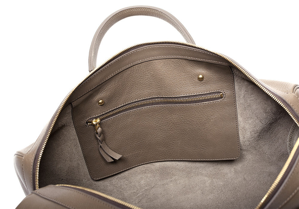 Inner Leather Pocket of No. 10 Weekender Bag Clay