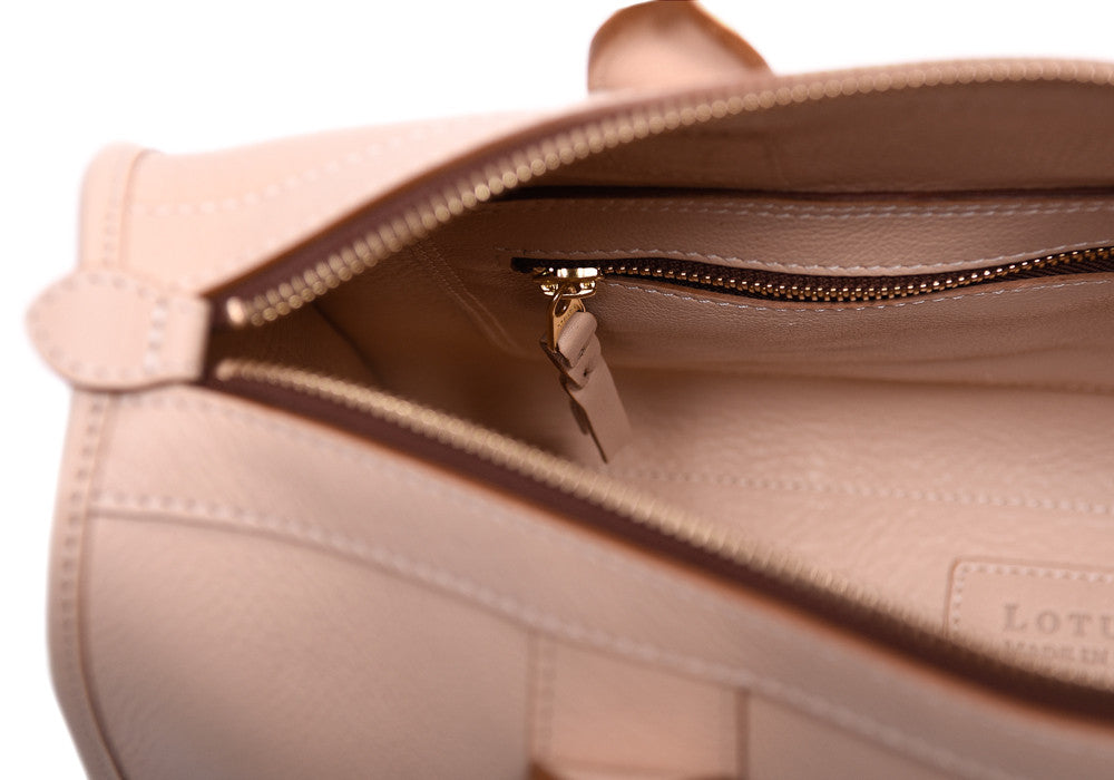 Inner Leather View of Zipper Satchel #9 Natural