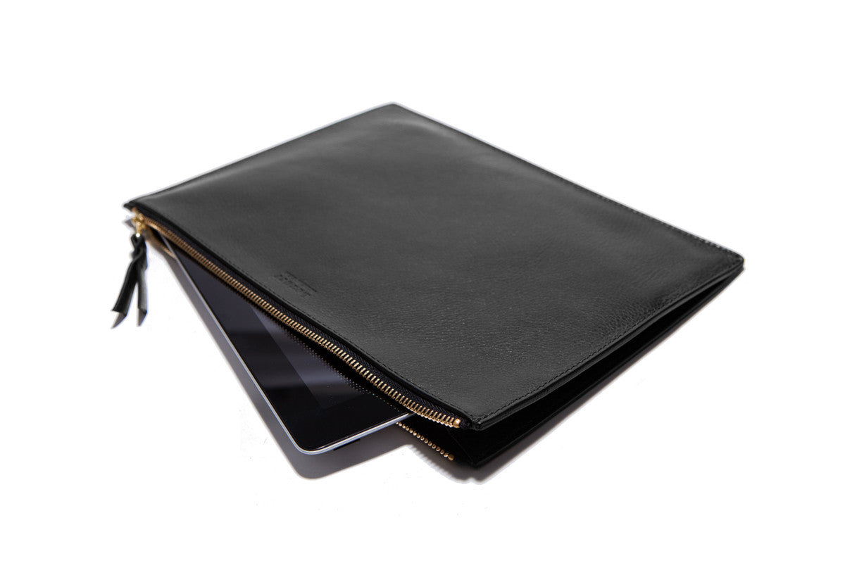 Front Leather View of Zipper iPad Mini Pouch Black