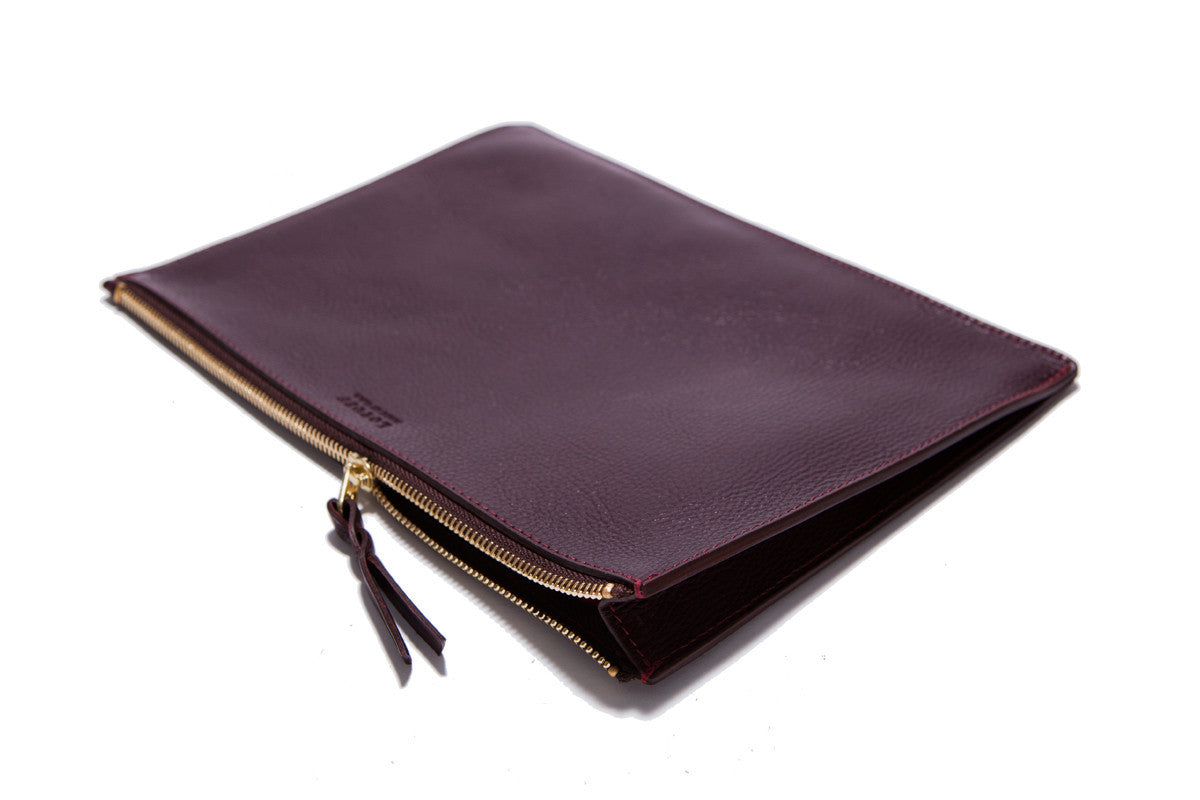 Front Leather View of Zipper Macbook Pouch Cordovan