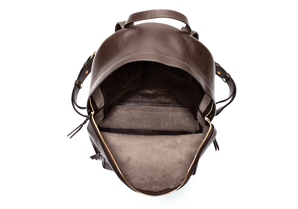 Inner Leather View of Leather Zipper Backpack Chocolate