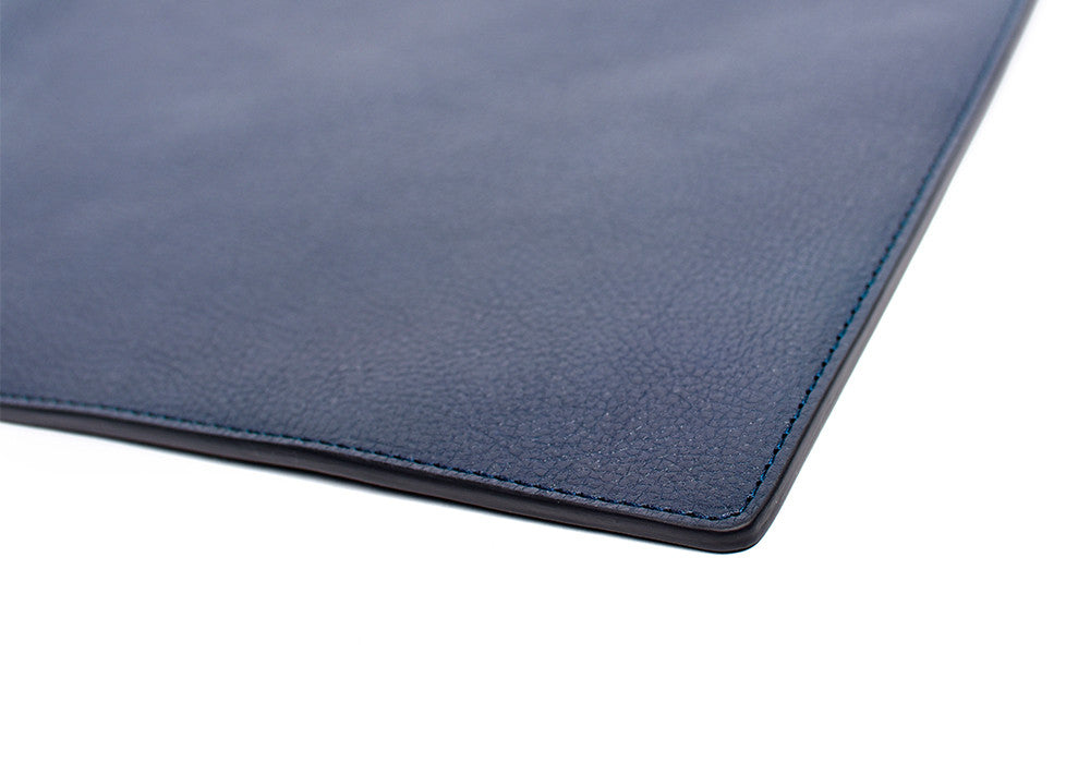 Corner Leather View of Zipper iPad Pouch Indigo