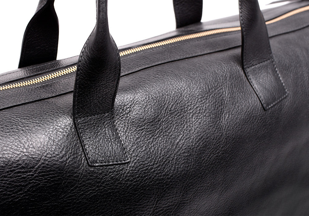 Top Zipper View of Leather Weekender Tote Black