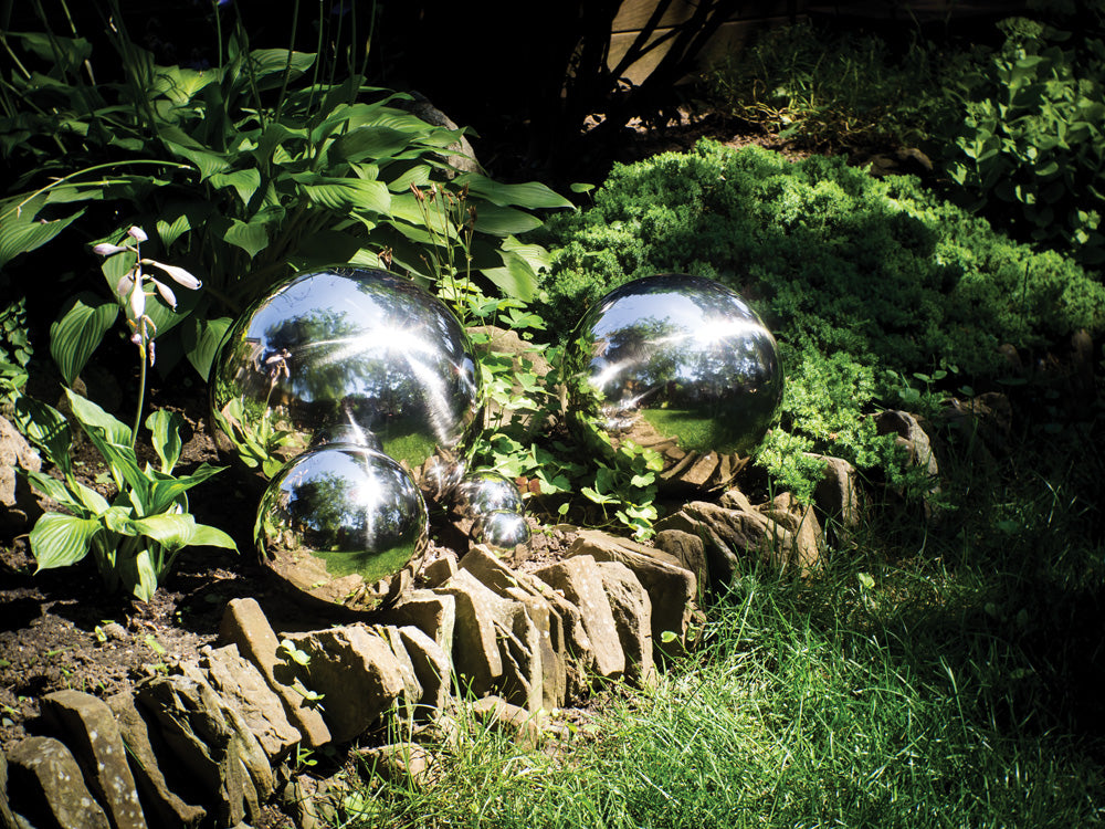 Load image into Gallery viewer, Garden Gazing Ball - Small