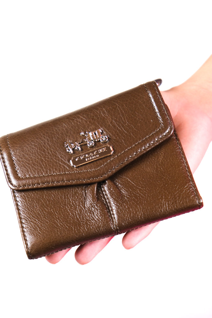 Authentic Brand New Coach Leather Logo Wallet