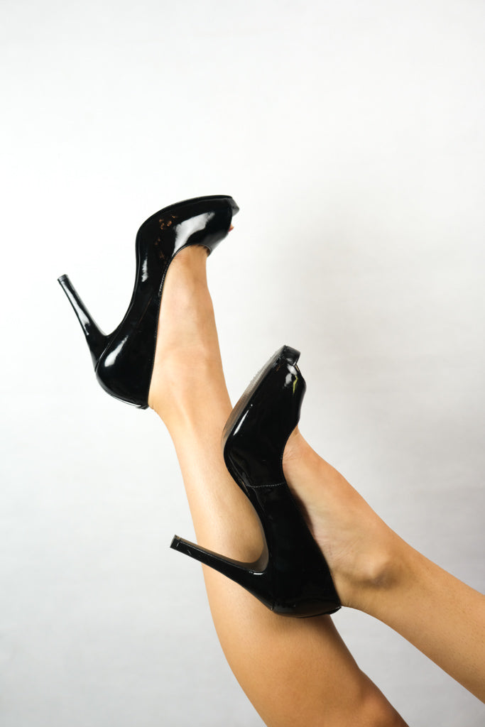 Authentic Guess Patent Leather Pump Heels