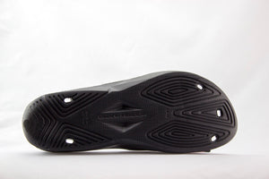 Under Armour - Slippers - Black