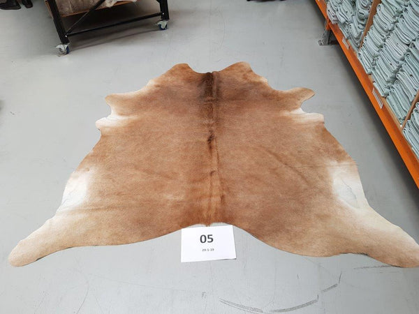 Superb Quality Brazilian Cow Hide Floor Rug Home Decor (05)