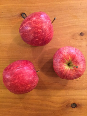 Apples 'Royal Gala'