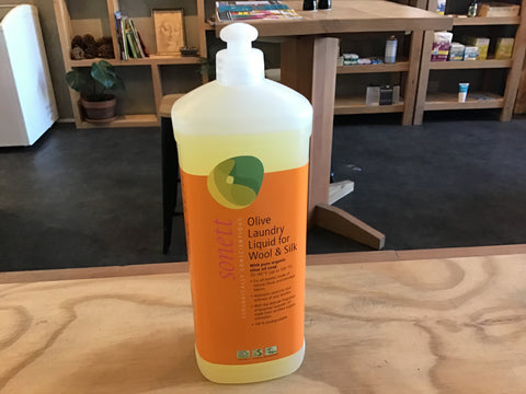 Olive laundry liquid for wool & silk