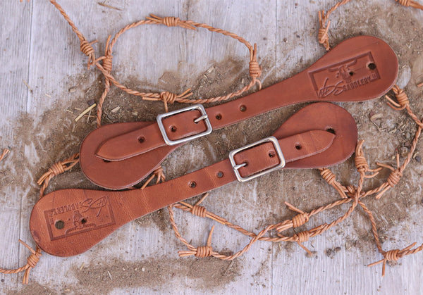 Simple leather spur straps