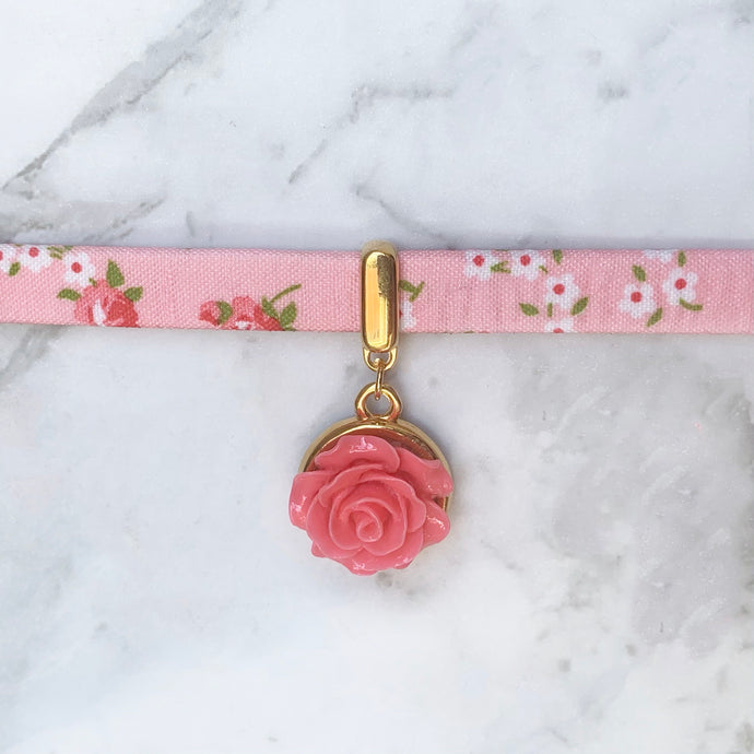 Rose Springtime Collar
