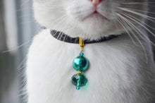 Load image into Gallery viewer, Emerald Envy Collar
