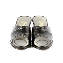Load image into Gallery viewer, Sophie leather slippers open toe with gold trim