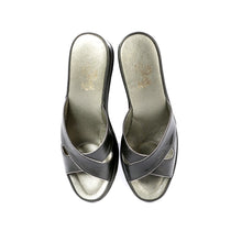 Load image into Gallery viewer, Chloe leather slippers open toe with gold trim