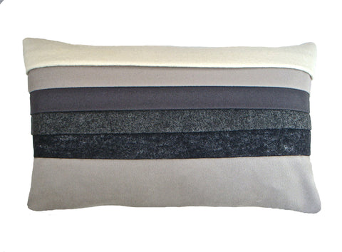 Mixed grey layer cushion