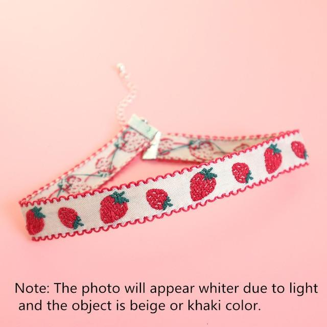 Strawberry Choker-Mochipan
