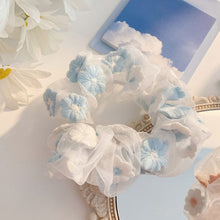 Load image into Gallery viewer, Sweet Daisy Scrunchie-Mochipan