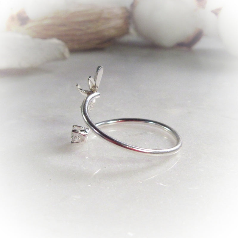 Tiny Dragonfly and Cubic Zirconia Silver Stacking Ring 16g