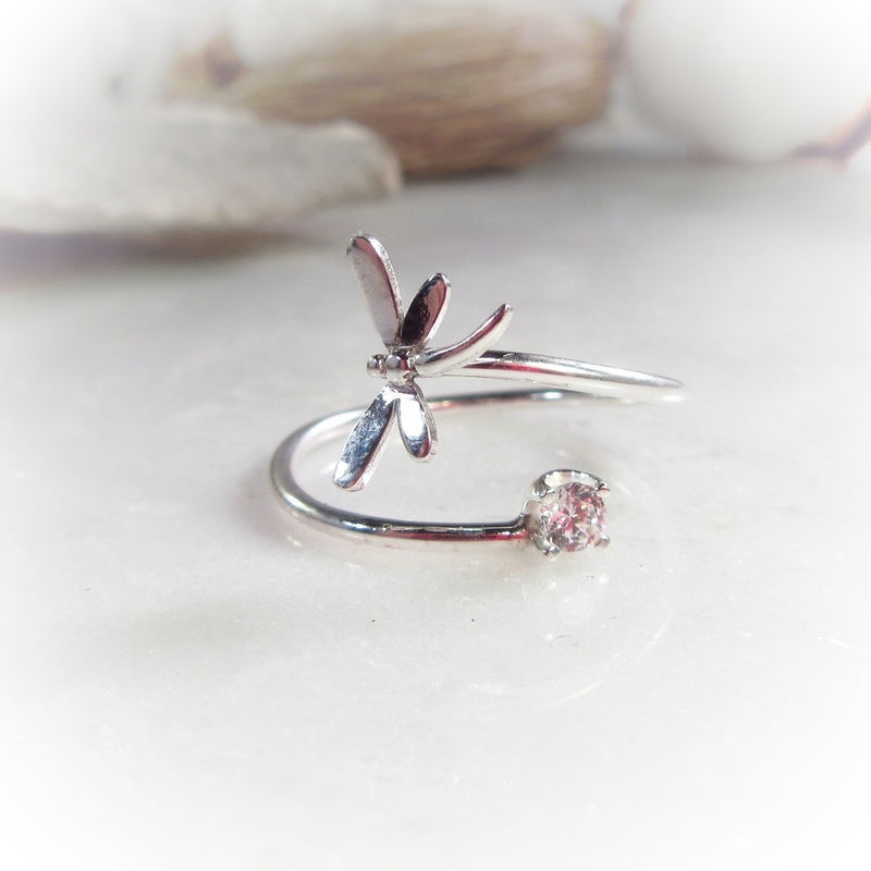 draginfly and cubic zirconia ring