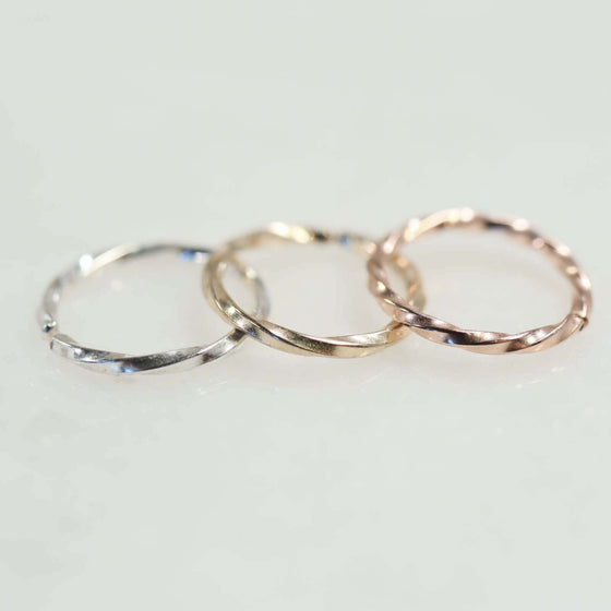 tragus hoop earring twist silver, gold, pink gold