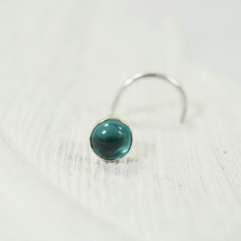 emerald nose stud 4mm in silver