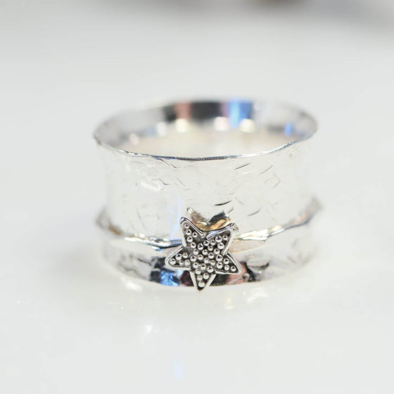 silver star spinner ring