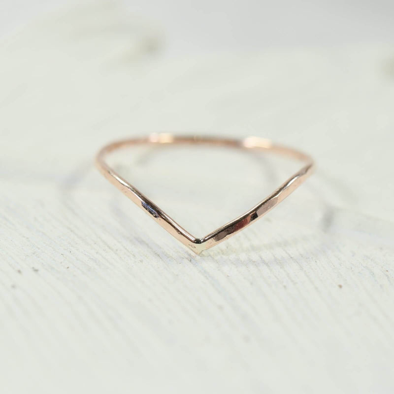 hammered V stacking ring pink gold