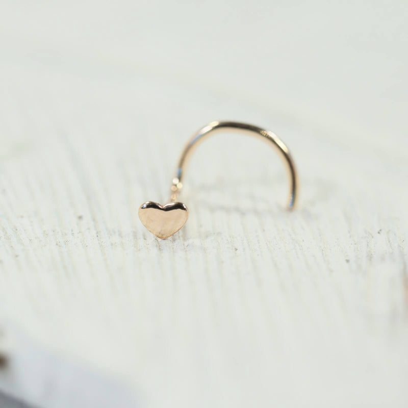 gold heart nose stud