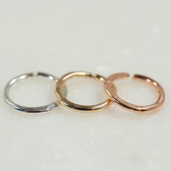 single hammered endless hoop earring silver, gold, pink gold