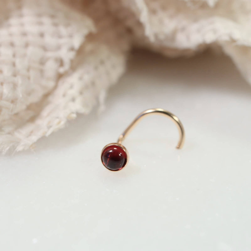 nose stud gemstone garnet 3mm gold