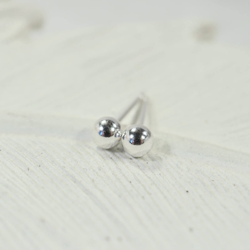 ball stud earrings silver