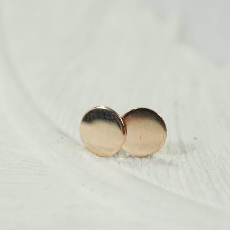 6mm plain dot stud earrings in gold