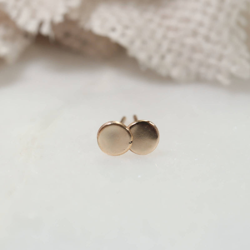 dot stud earrings in gold