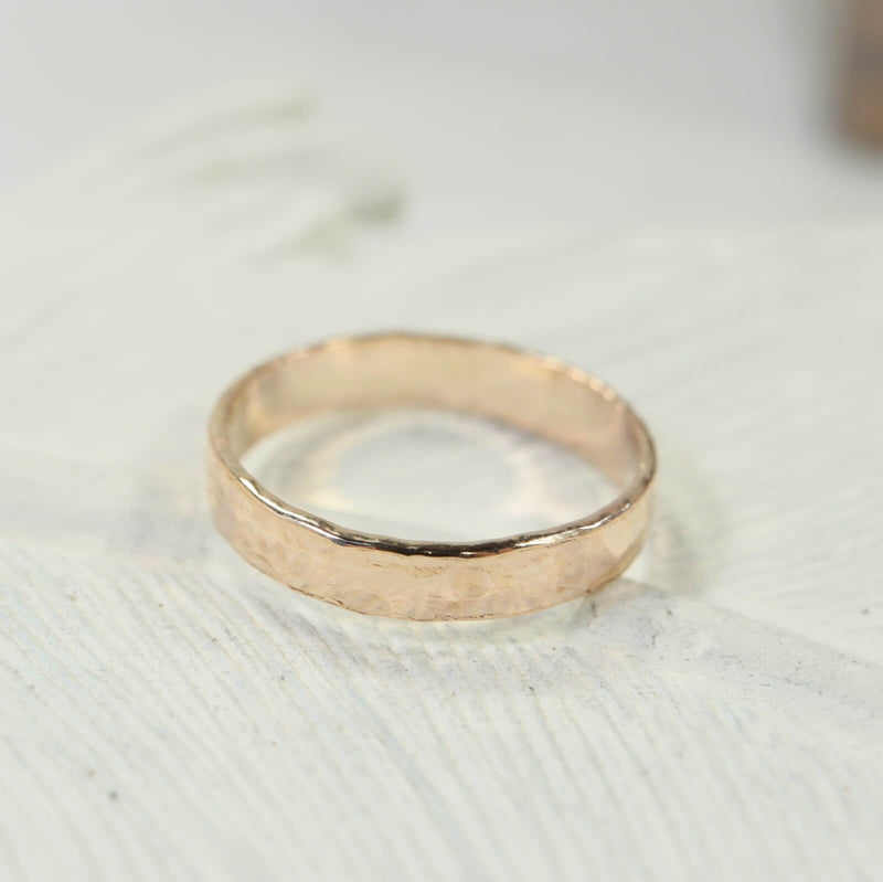 hammered 4mm wide bands gold