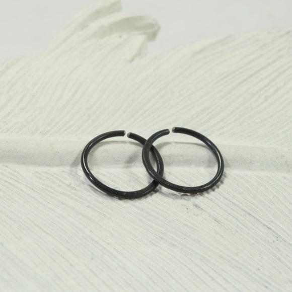 hammered endless hoop earrings black, bronze, rainbow
