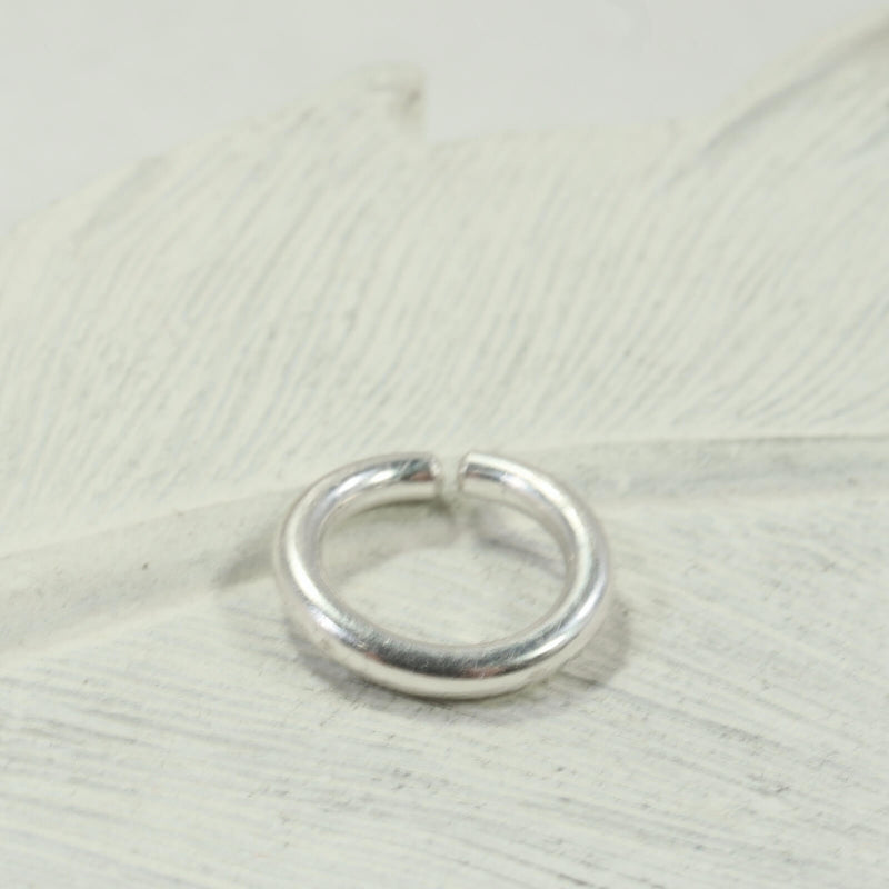 12 gauge single hoop earring silver