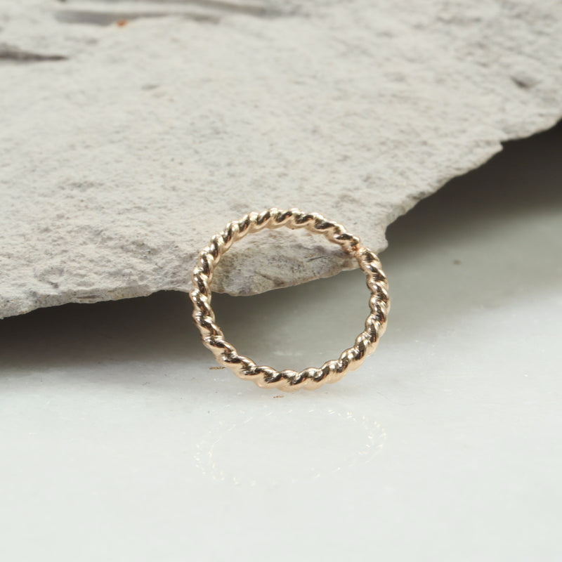 dot twist septum ring gold
