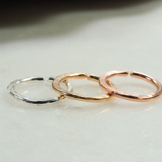 chiseled 14 gauge hoop earring single silver, gold, pink gold