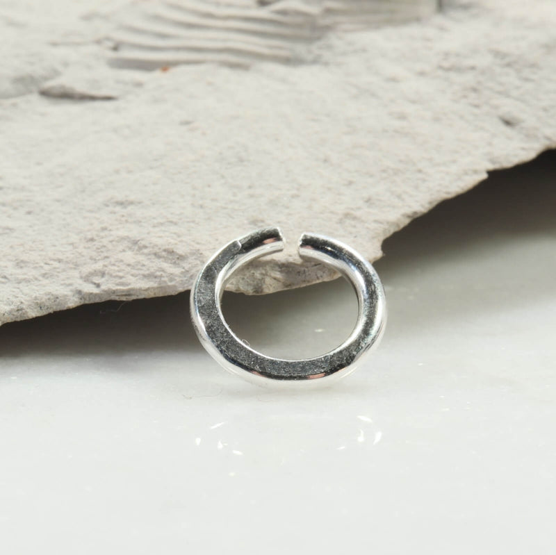 hammered single endless hoop earring silver