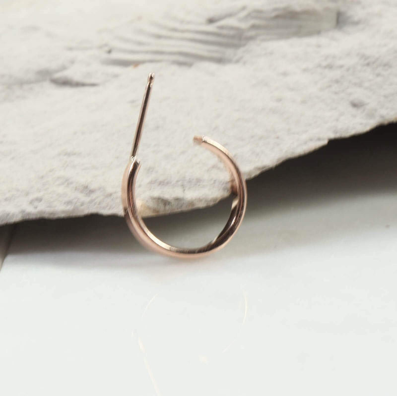 2mm flat hoop earrings in pink gold