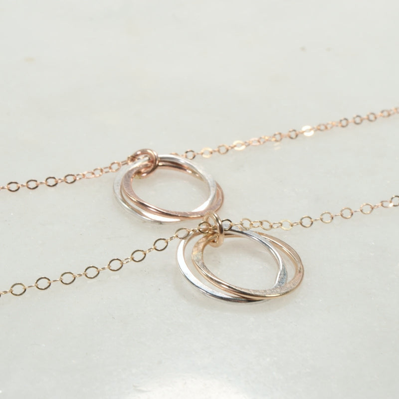 straight yin & yang necklace gold, pink gold