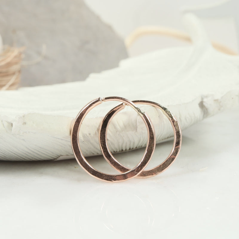 illusions hoops hammered pink gold